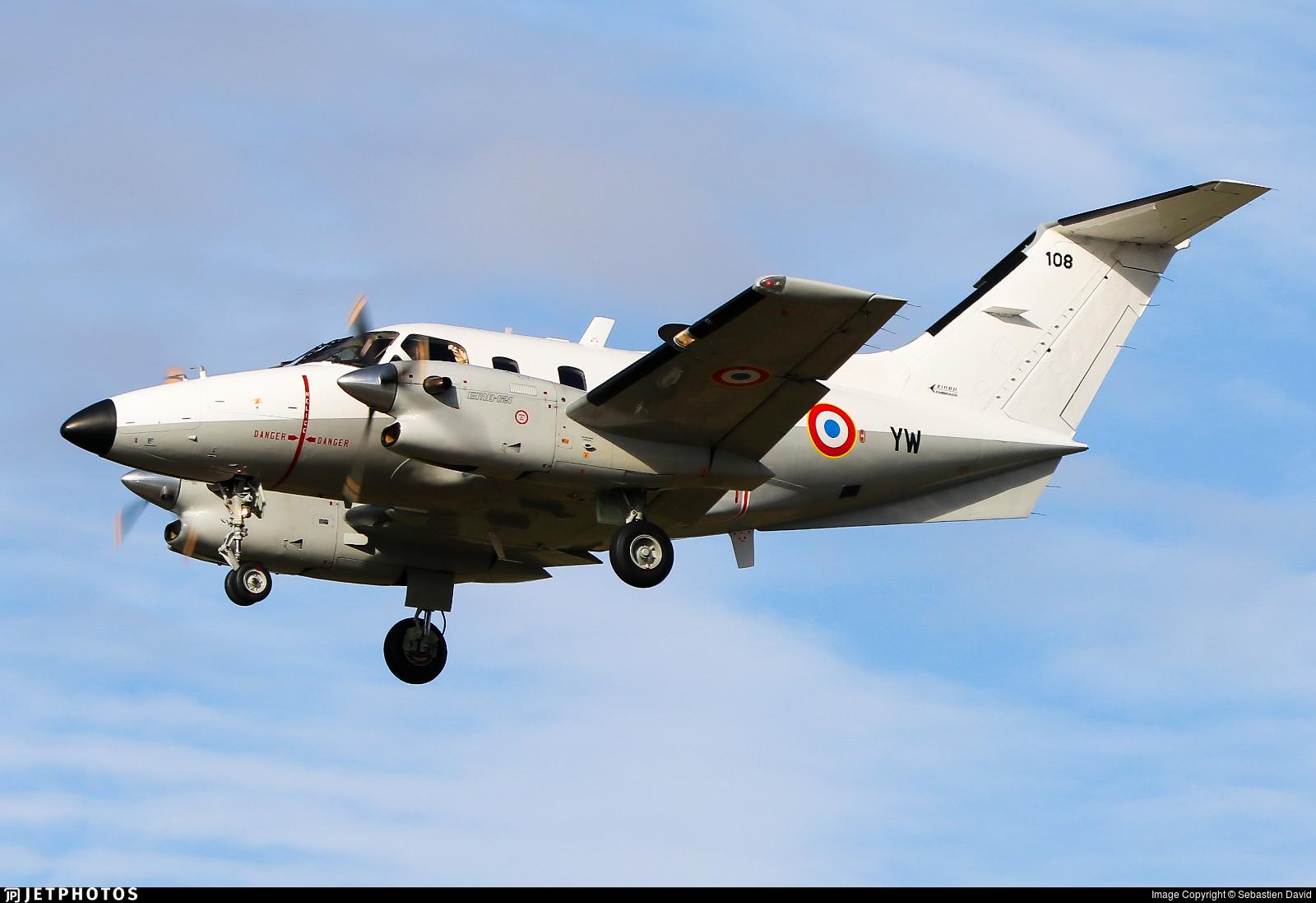 108 - Embraer EMB-121AA Xingú - France - Air Force