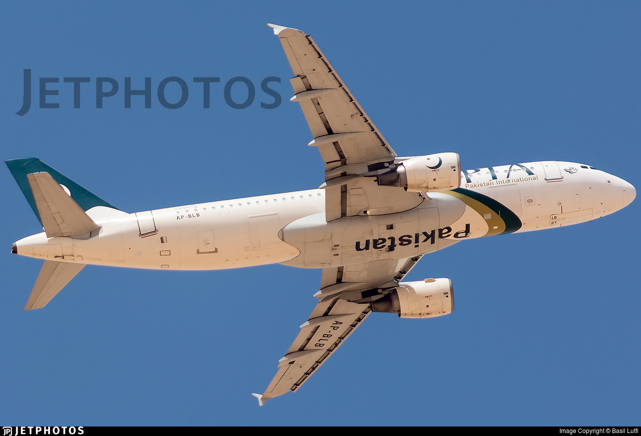 AP-BLB - Airbus A320-214 - Pakistan International Airlines (PIA)