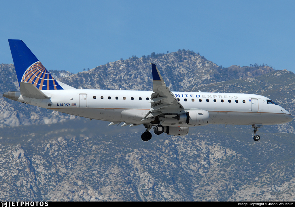 N140SY - Embraer 170-200LR - United Express (SkyWest Airlines)