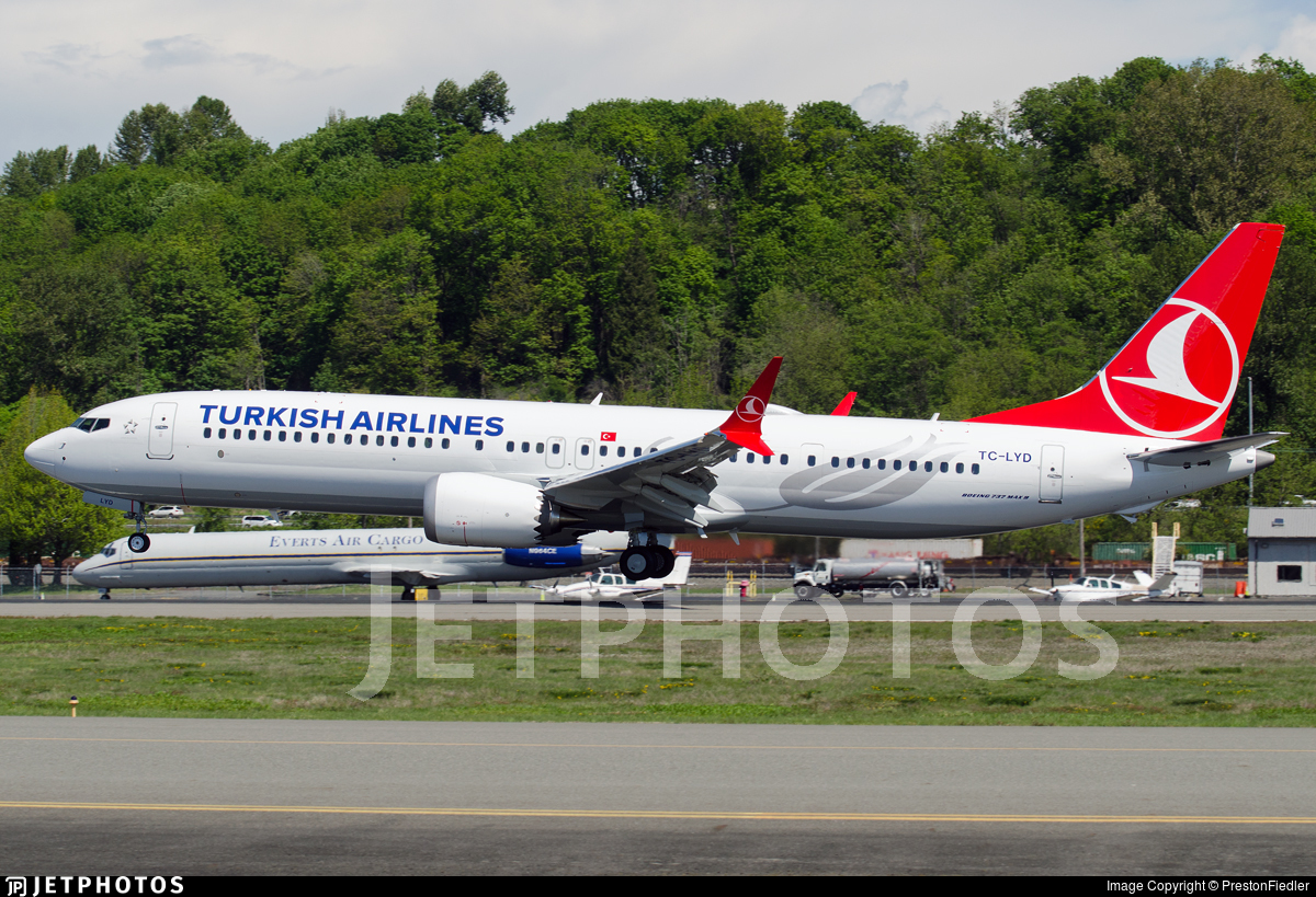 TC-LYD - Boeing 737-9 MAX - Turkish Airlines