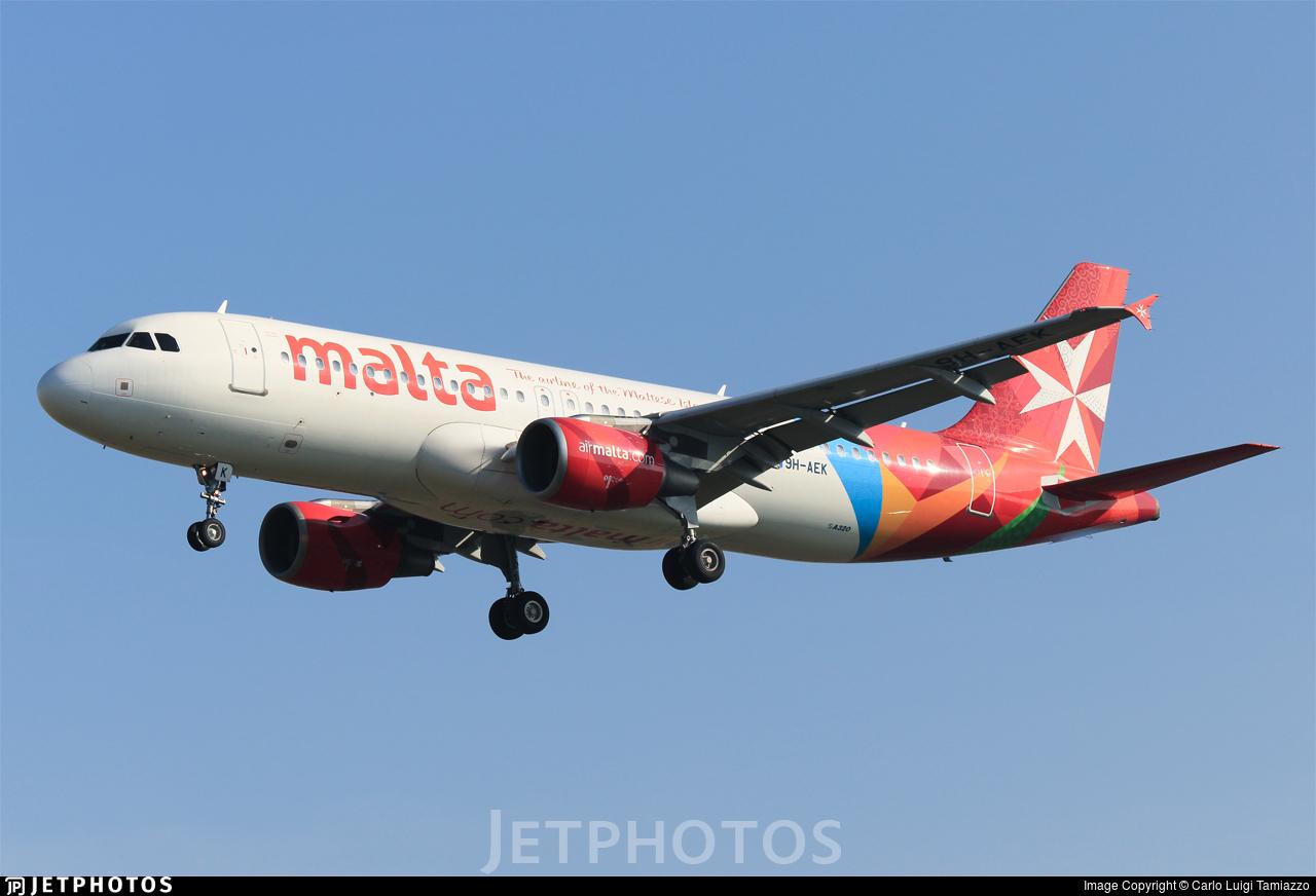 9H-AEK - Airbus A320-214 - Air Malta