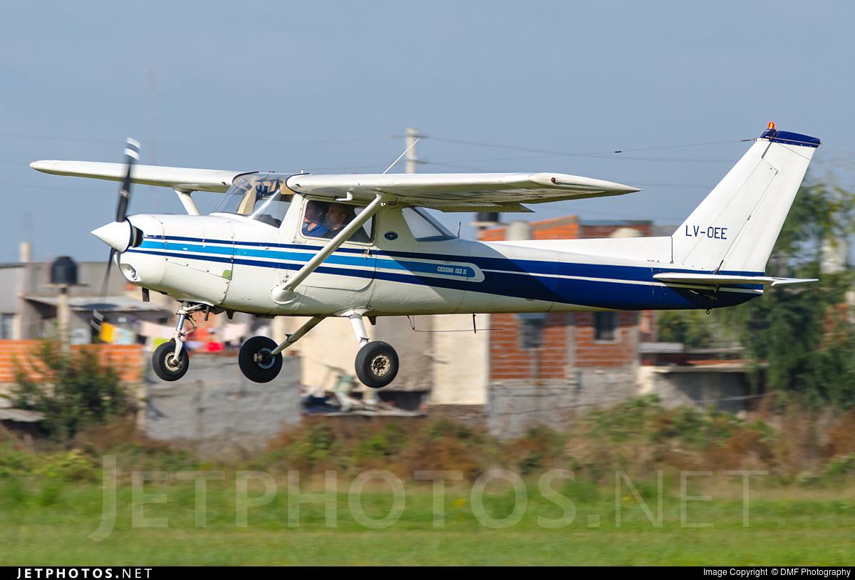 LV-OEE - Cessna 152 II - Private