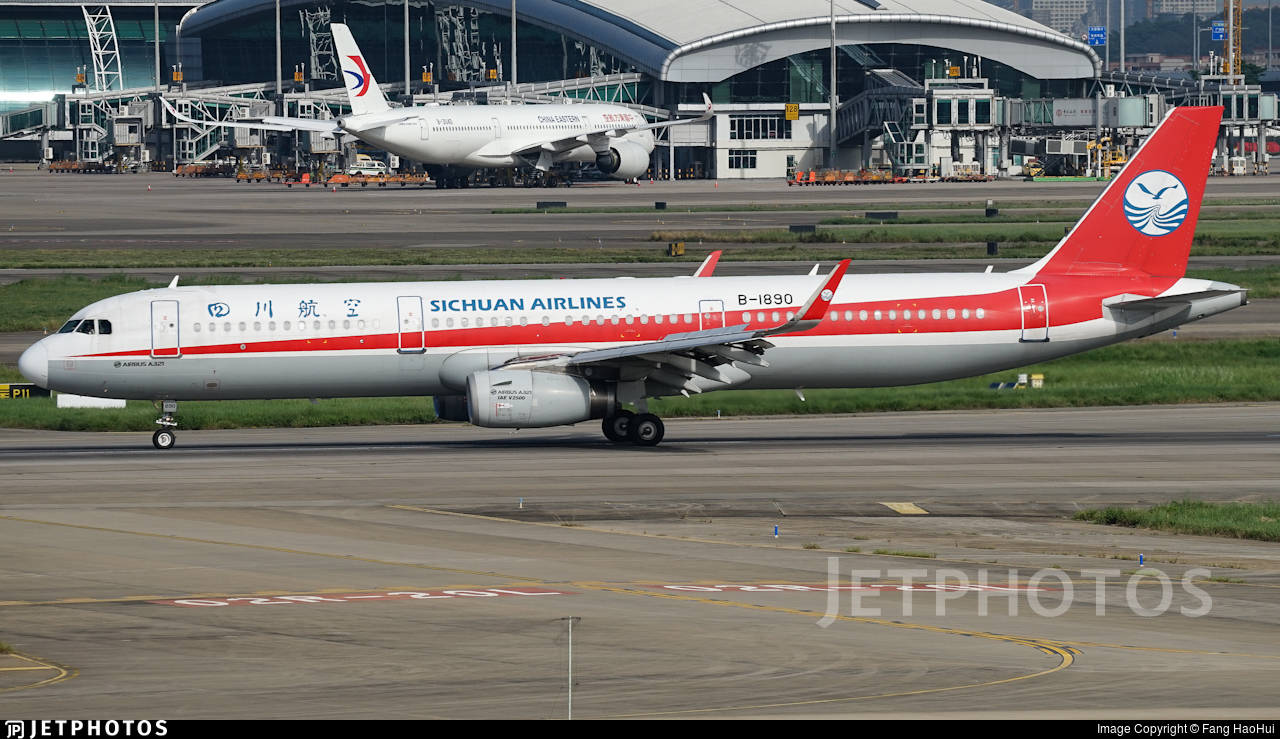 B-1890 - Airbus A321-231 - Sichuan Airlines
