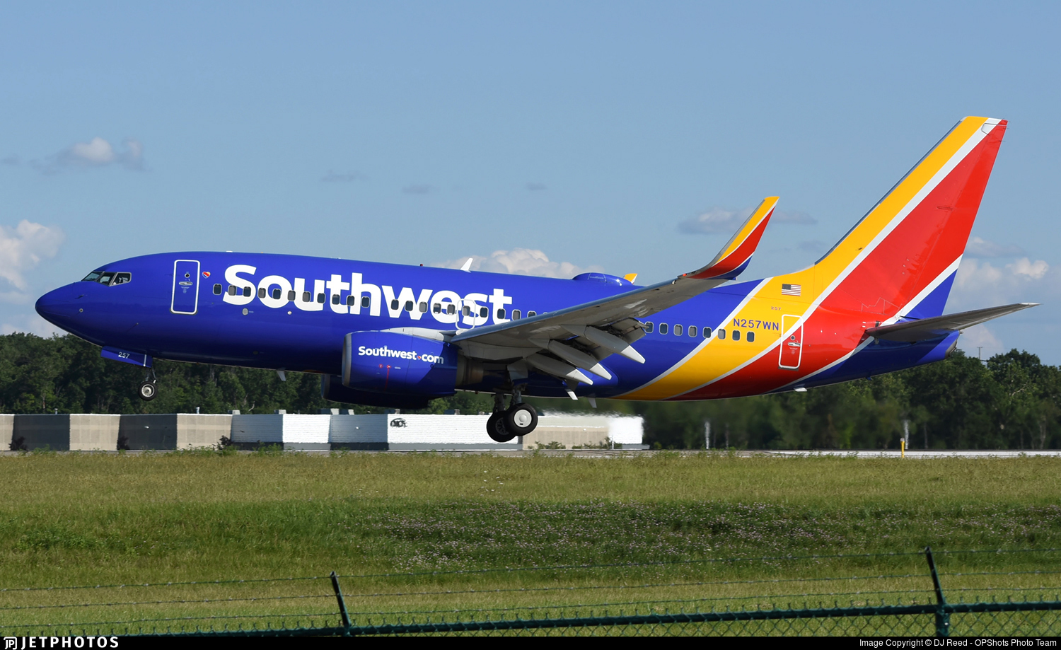 N257WN - Boeing 737-7H4 - Southwest Airlines