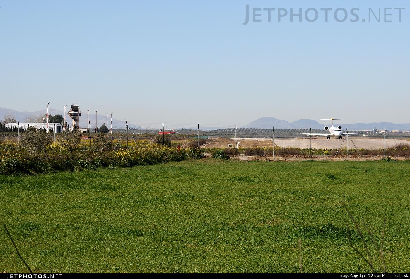 LEGR - Airport - Spotting Location