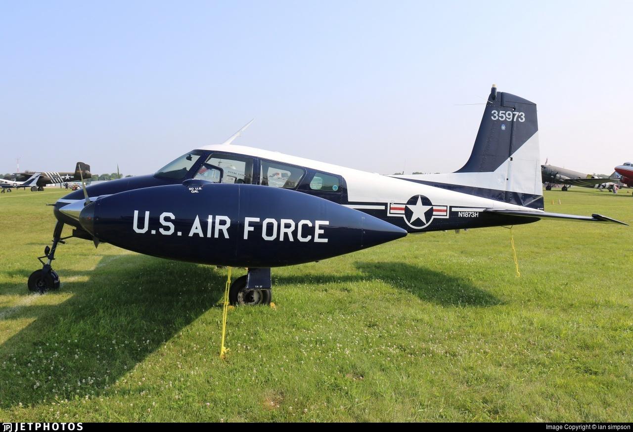 N1873H - Cessna 310C - Private
