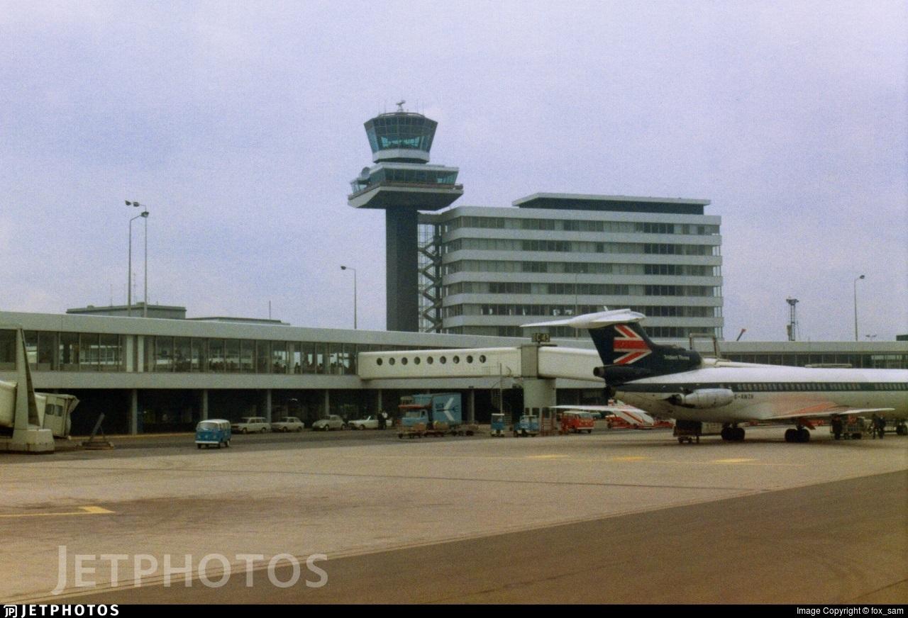 EHAM - Airport - Control Tower