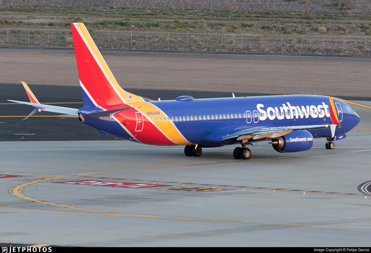 N8508W - Boeing 737-8H4 - Southwest Airlines