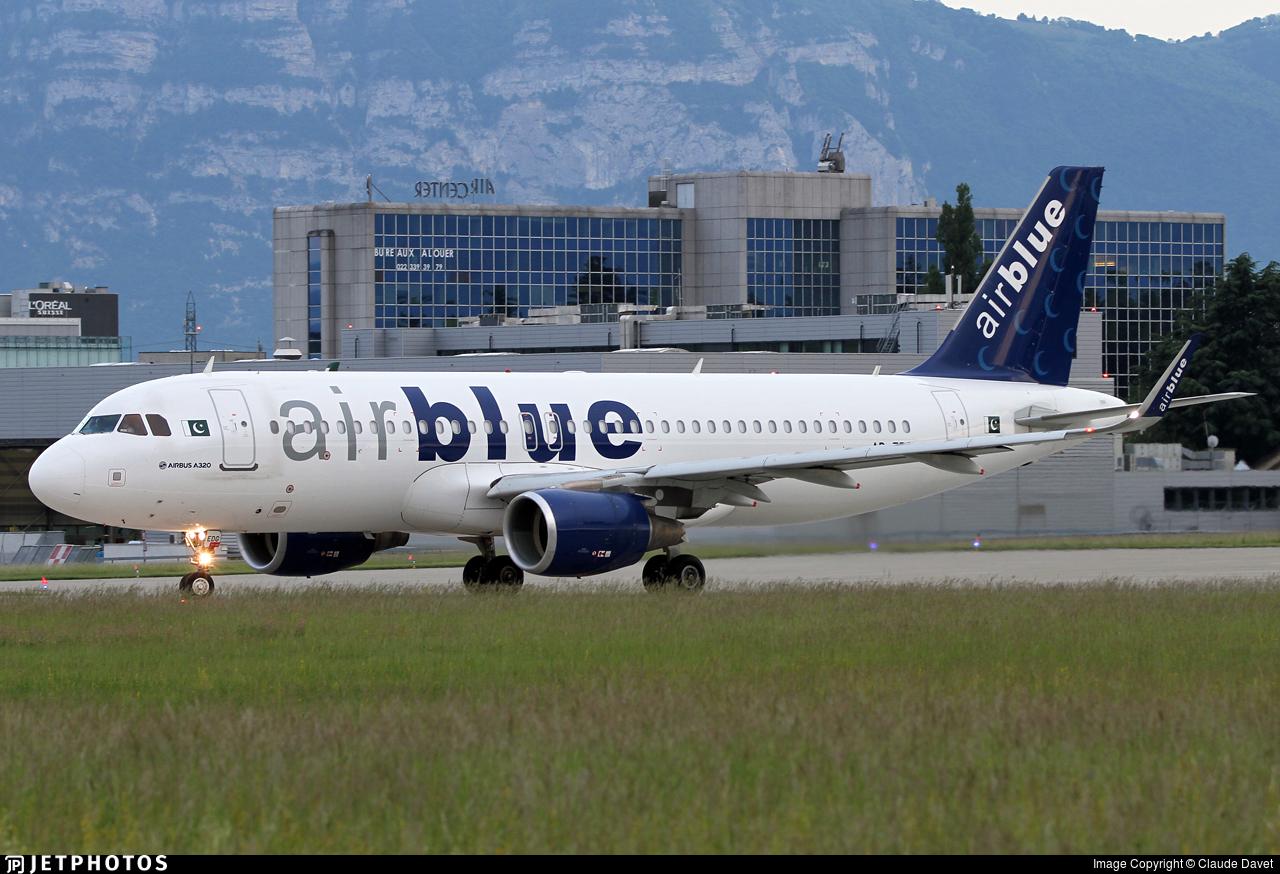 AP-EDG - Airbus A320-214 - AirBlue