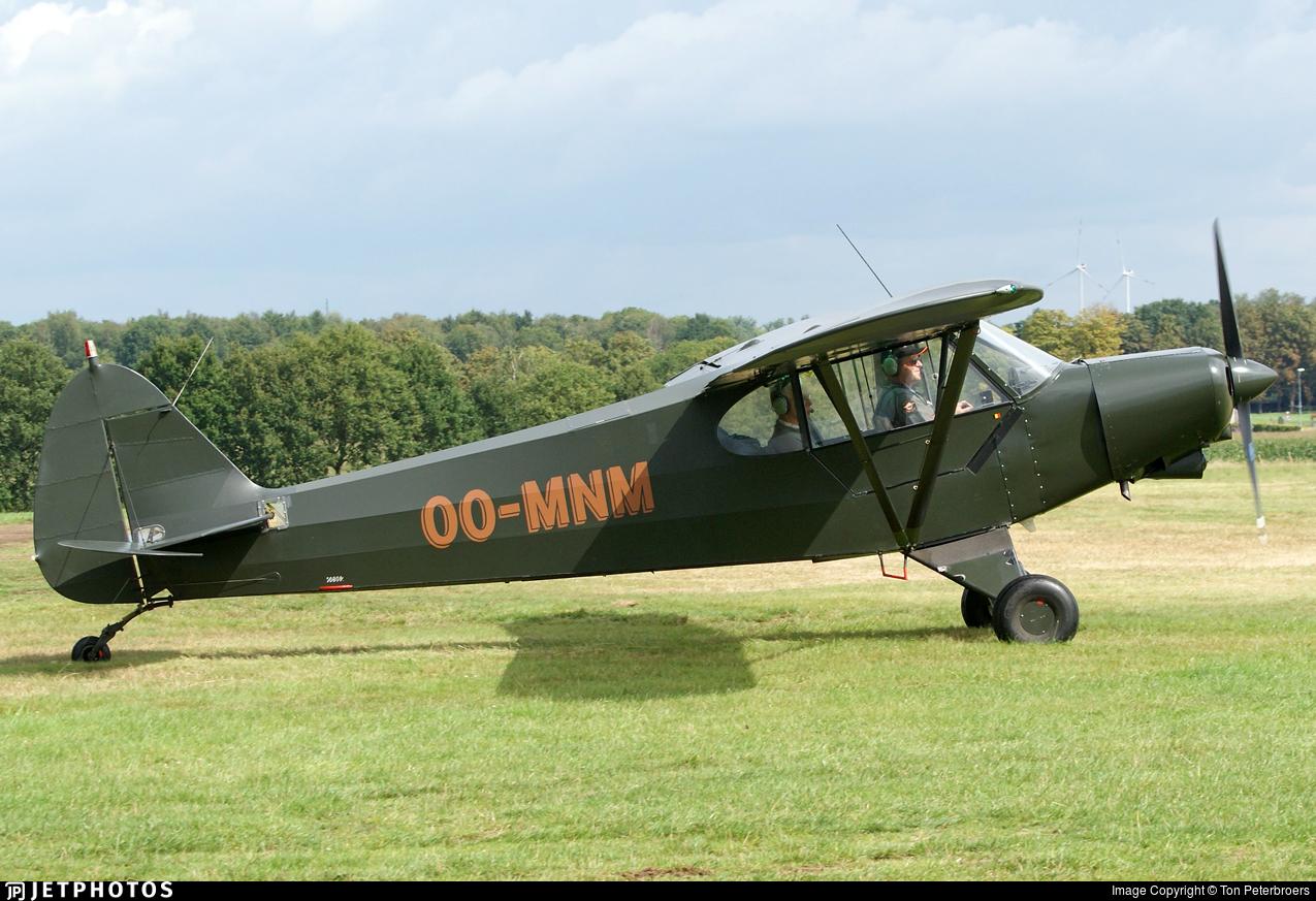 OO-MNM - Piper PA-18-150 Super Cub - Private