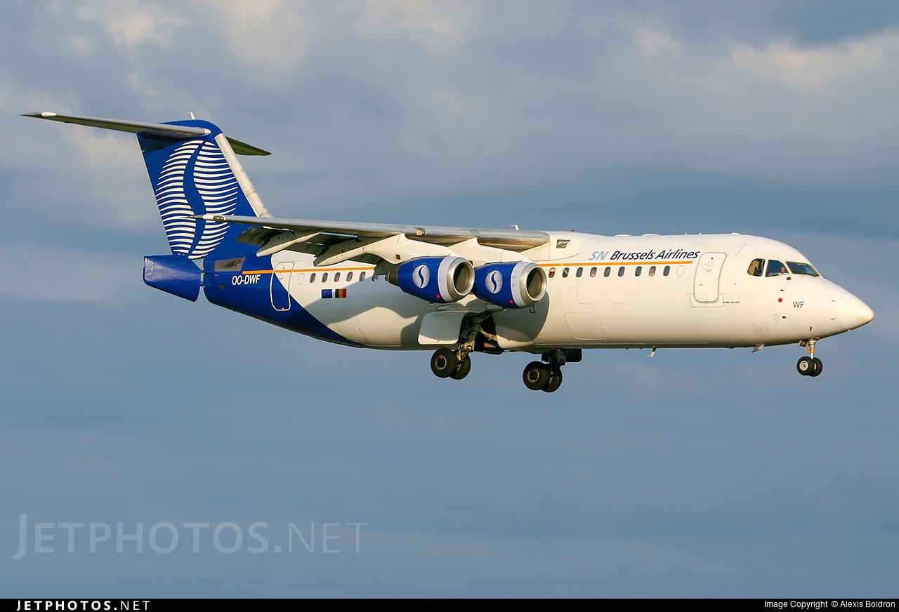 OO-DWF - British Aerospace Avro RJ100 - SN Brussels Airlines