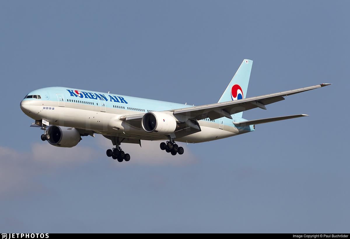 HL7526 - Boeing 777-2B5(ER) - Korean Air