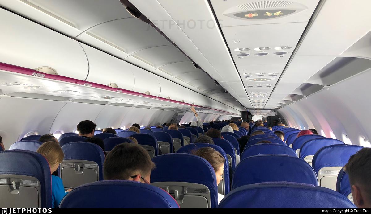 Ha Lxe Airbus A321 231 Wizz Air Eren Erol Jetphotos