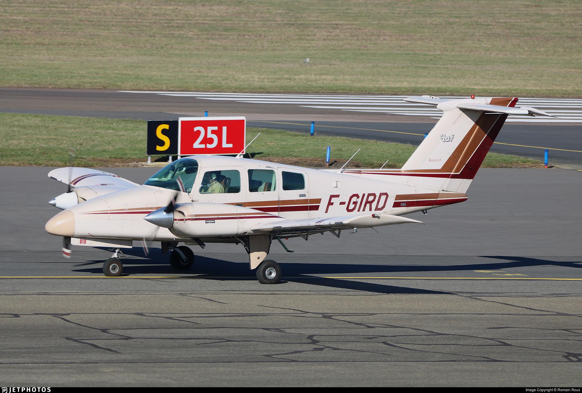 F-GIRD - Beechcraft 76 Duchess - Private