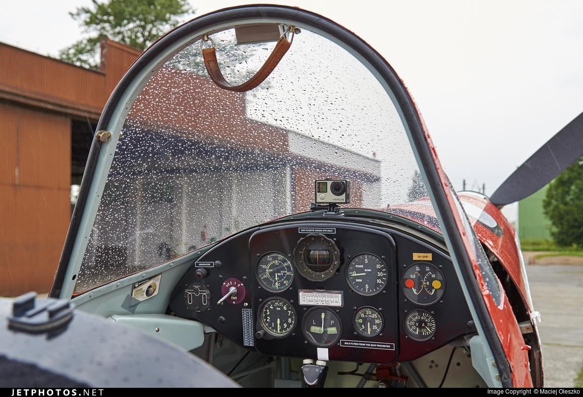 SP-EMF - Zlin 526 - Zelazny Aerobatic Team
