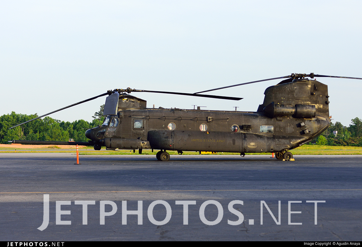 04-03749 - Boeing MH-47G Chinook - United States - US Army