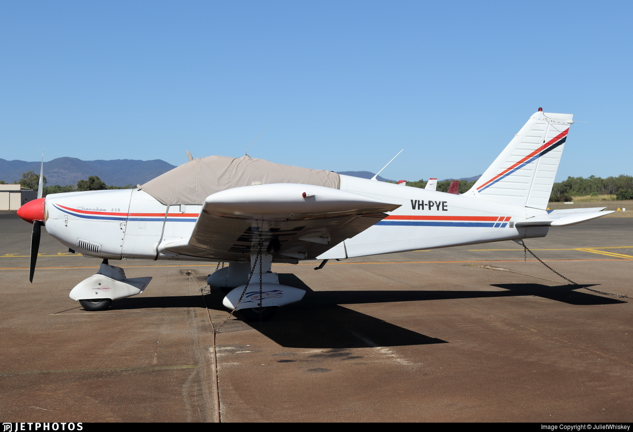 VH-PYE - Piper PA-28-235 Cherokee - Private