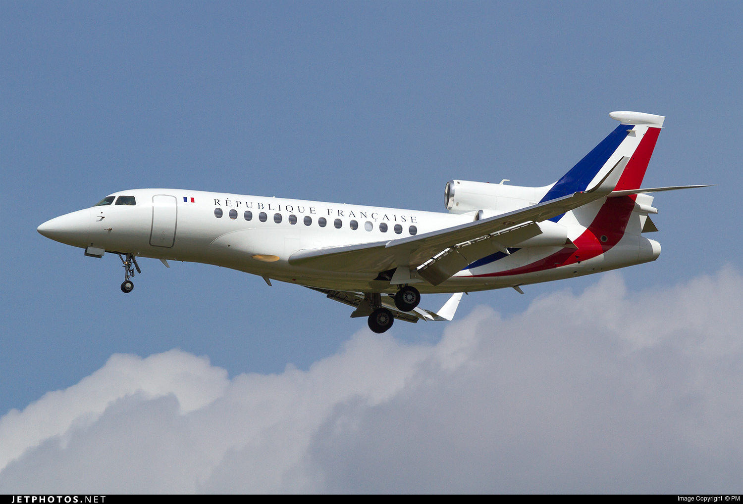 68 dassault falcon 7x france air force pm jetphotos