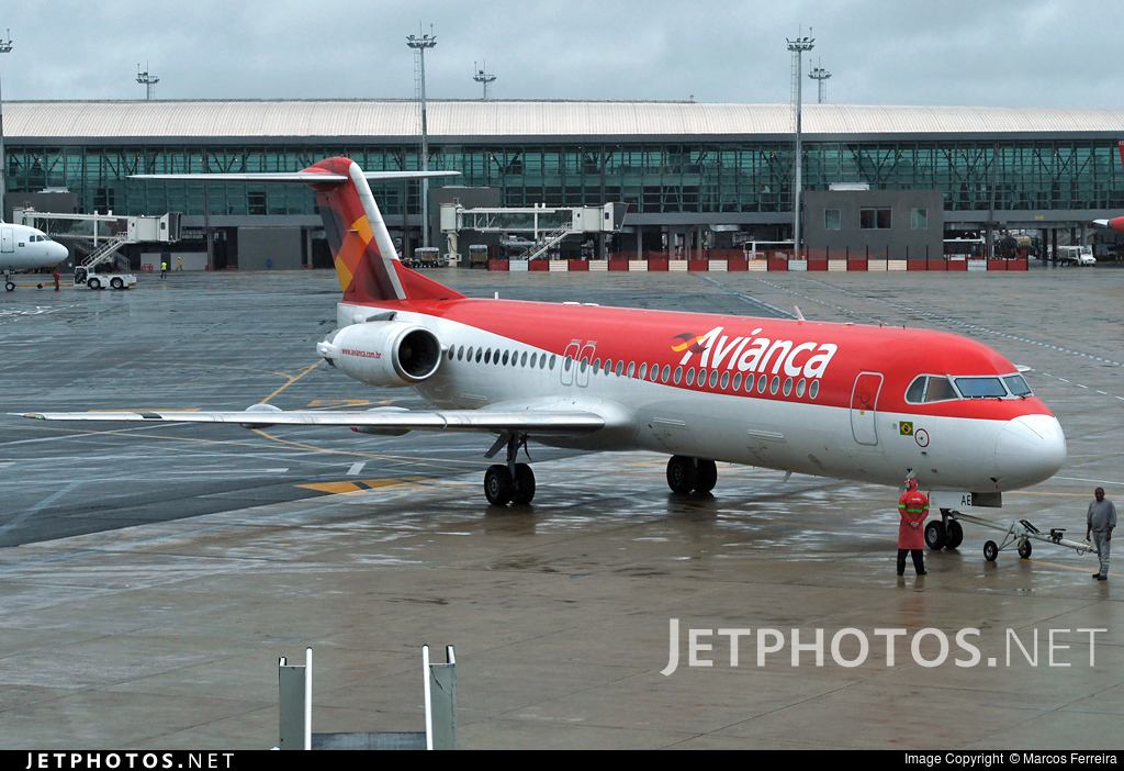 PR-OAE - Fokker 100 - Avianca Brasil
