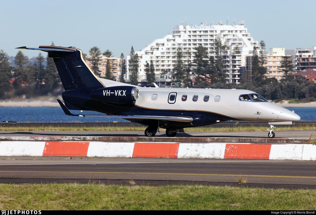 VH-VKX - Embraer 505 Phenom 300 - Private