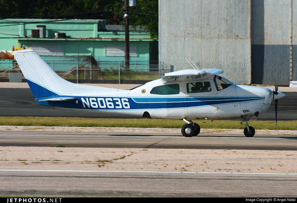 N60636 - Cessna T210L Turbo Centurion II - Private