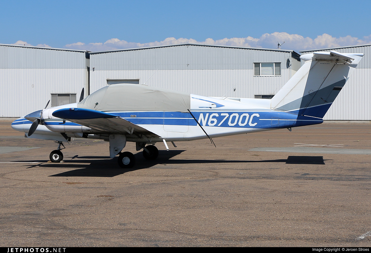 N6700C - Beechcraft 76 Duchess - Private