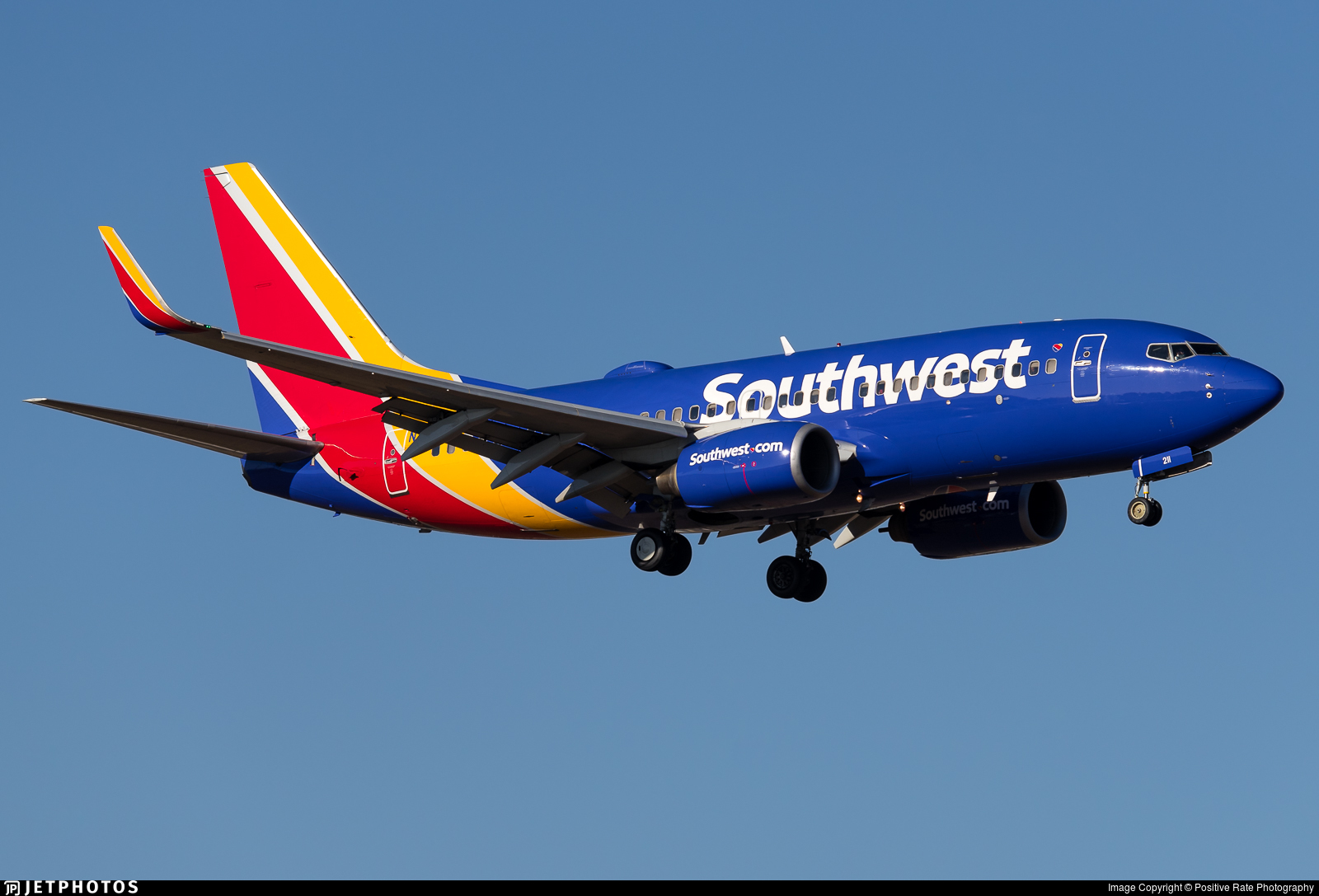 N211WN - Boeing 737-7H4 - Southwest Airlines