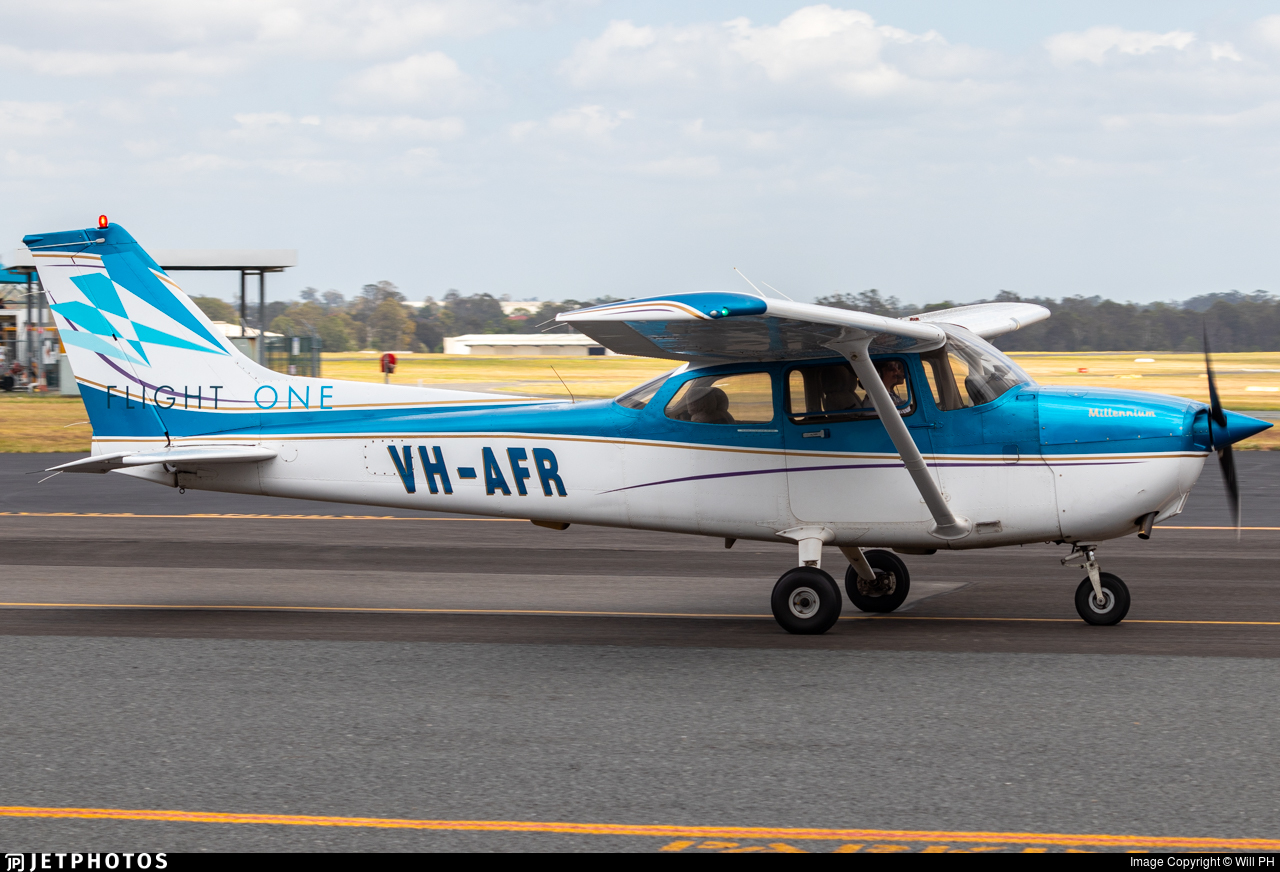 VH-AFR - Cessna 172S Skyhawk - Flight One
