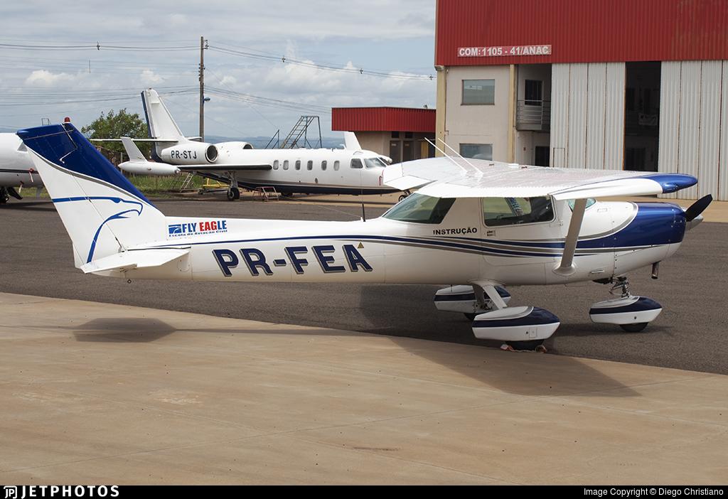 PR-FEA - Cessna 152 - Fly Eagle Escola de Aviação Civil