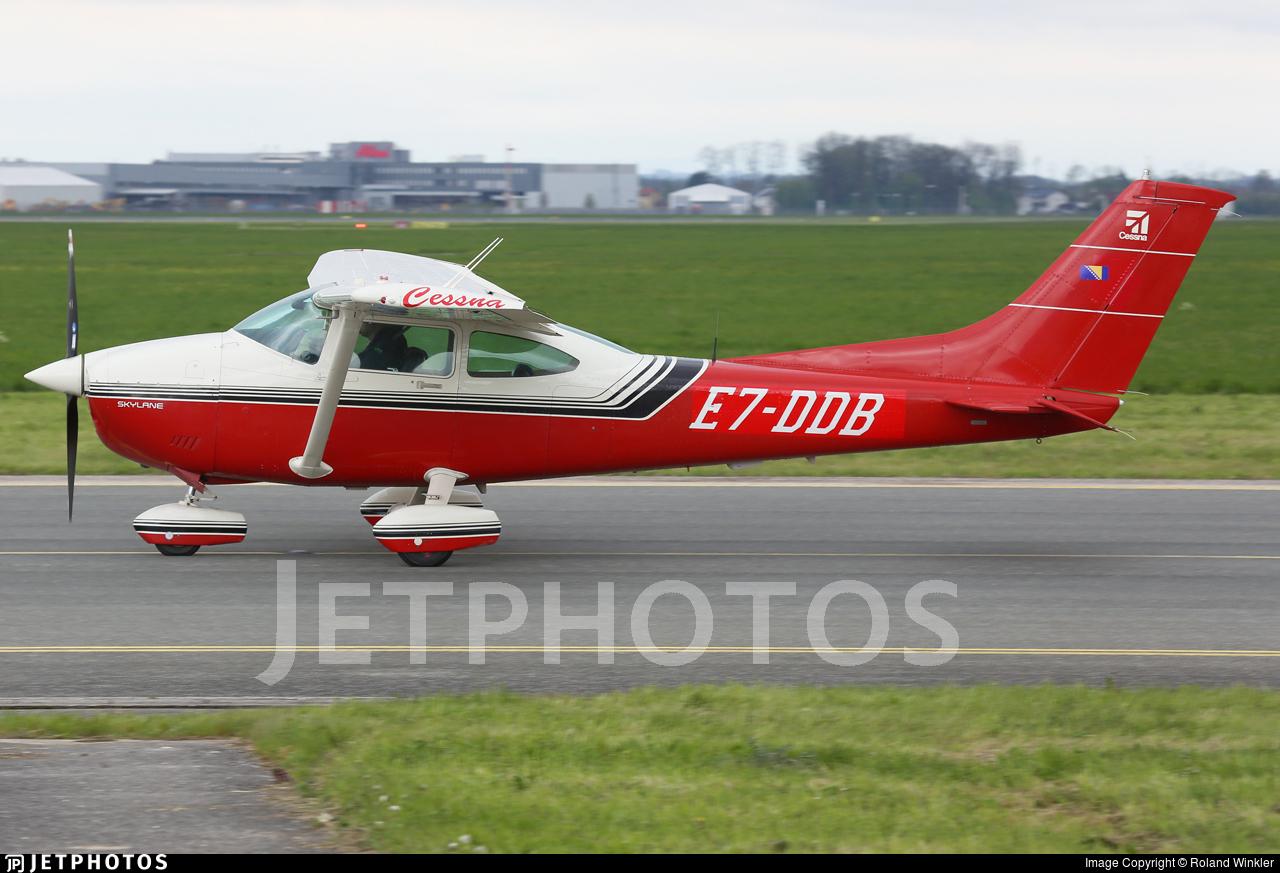 E7-DDB - Cessna 182 - Private
