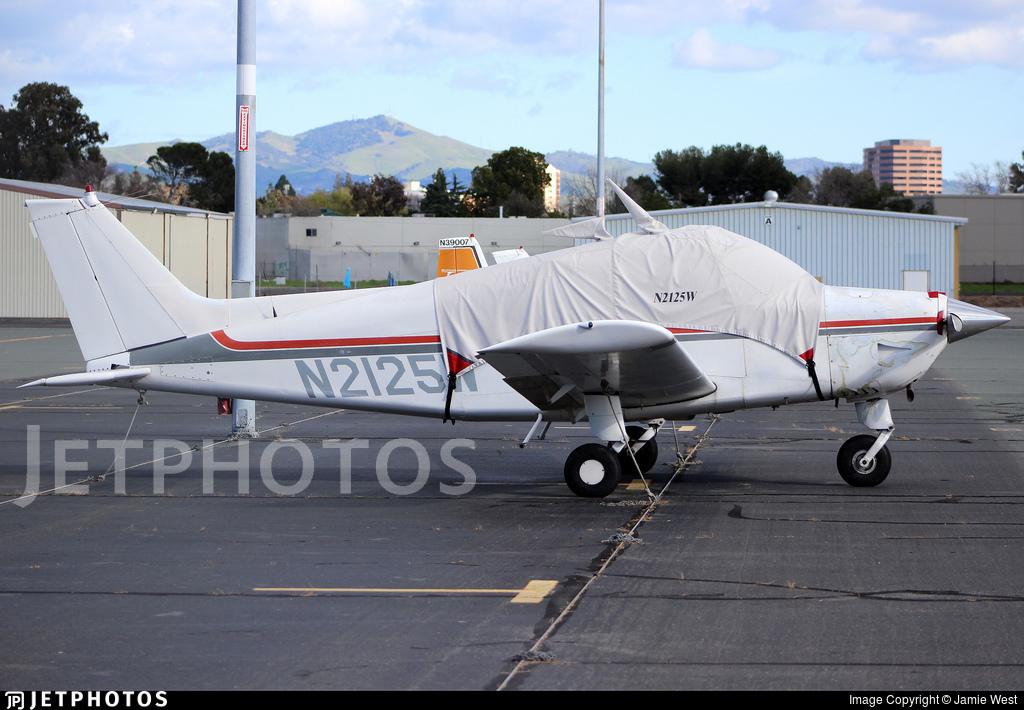 N2125W - Beechcraft C23 Sundowner - Private