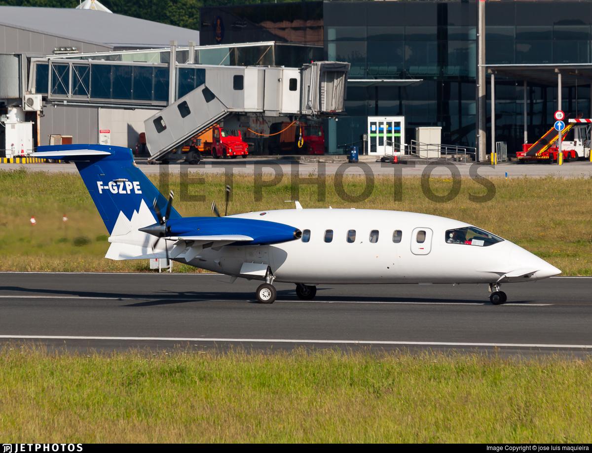 F-GZPE - Piaggio P-180 Avanti - Pan Europeene Air Service