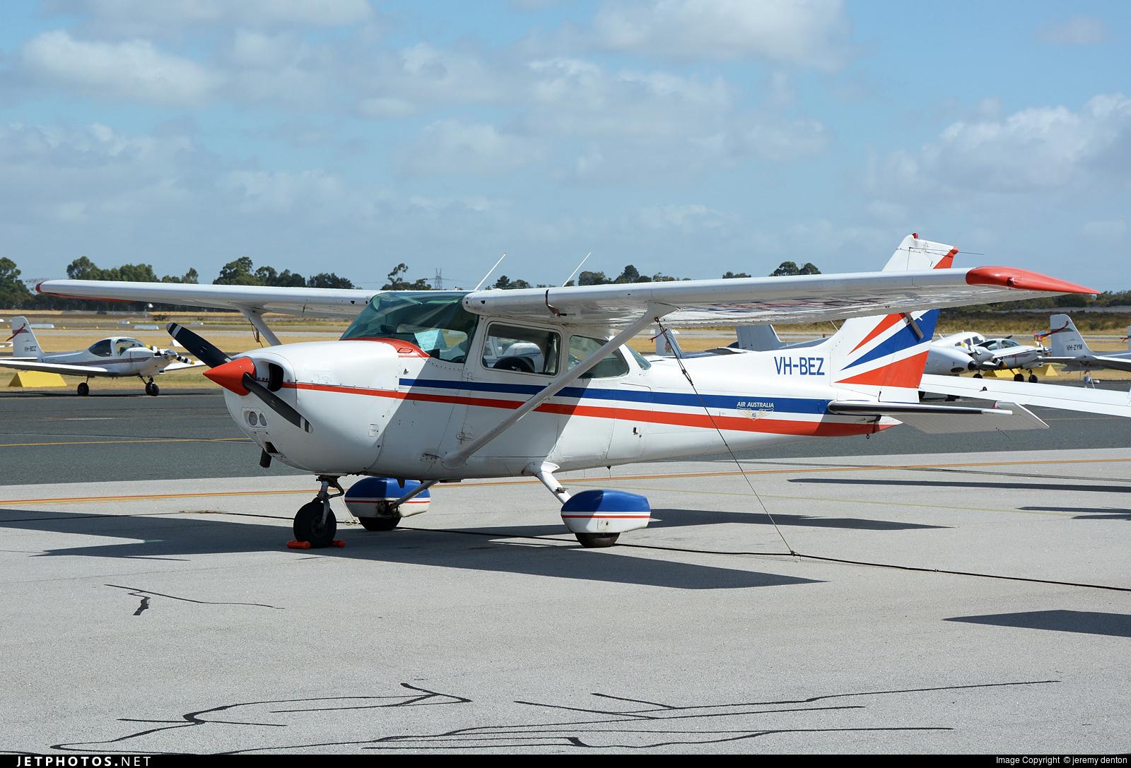 VH-BEZ - Cessna 172N Skyhawk II - Private