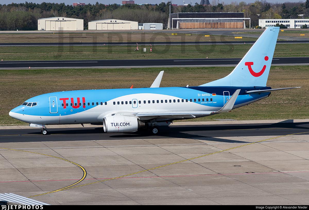 D-AHXG - Boeing 737-7K5 - TUI