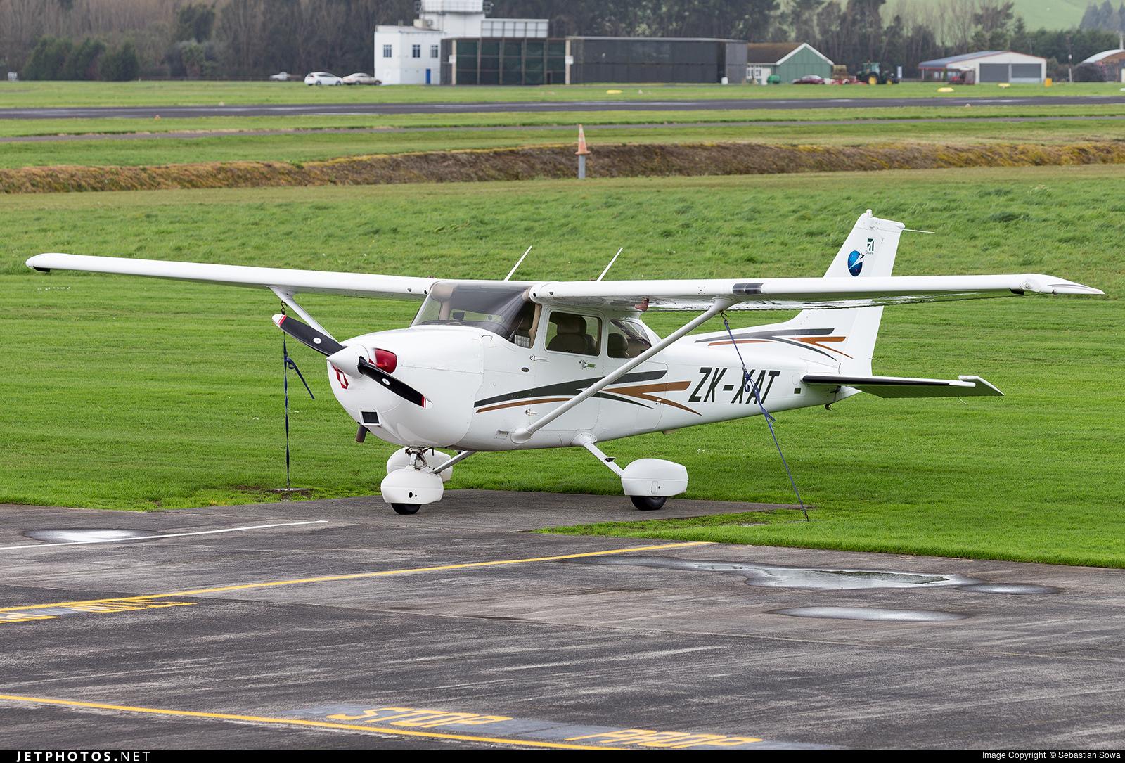 ZK-XAT - Cessna 172R Skyhawk II - Ardmore Flying School