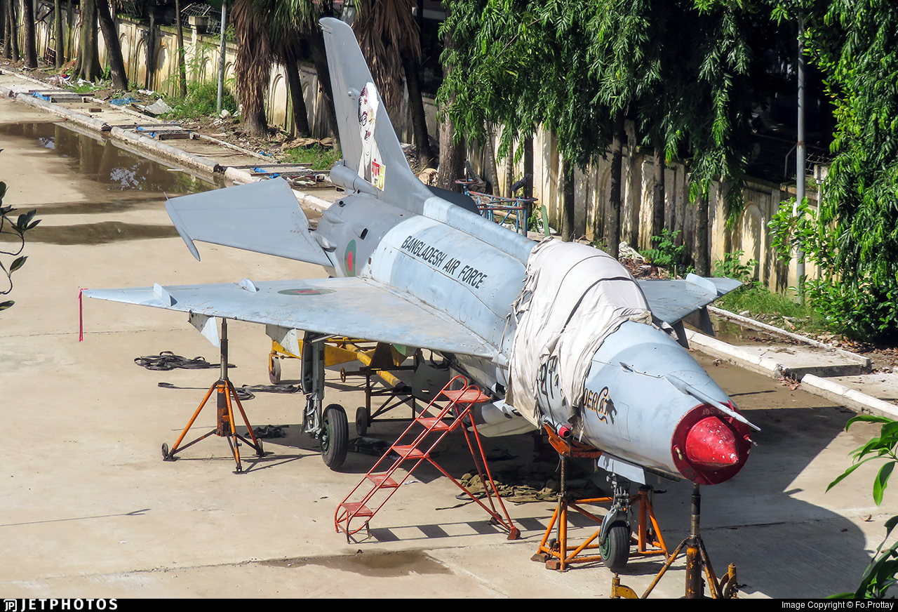 1421 - Chengdu F-7MB - Bangladesh - Air Force