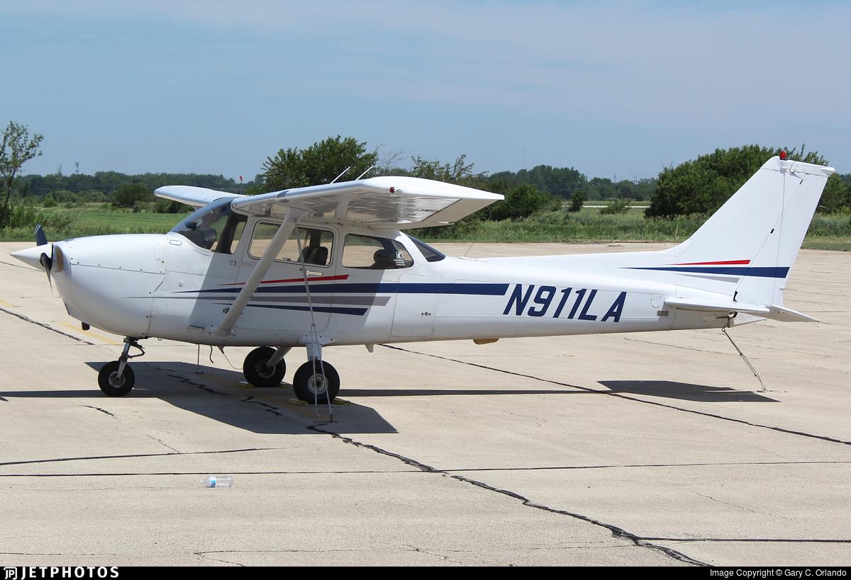 N911LA - Cessna 172R Skyhawk - Luminair Aviation Services