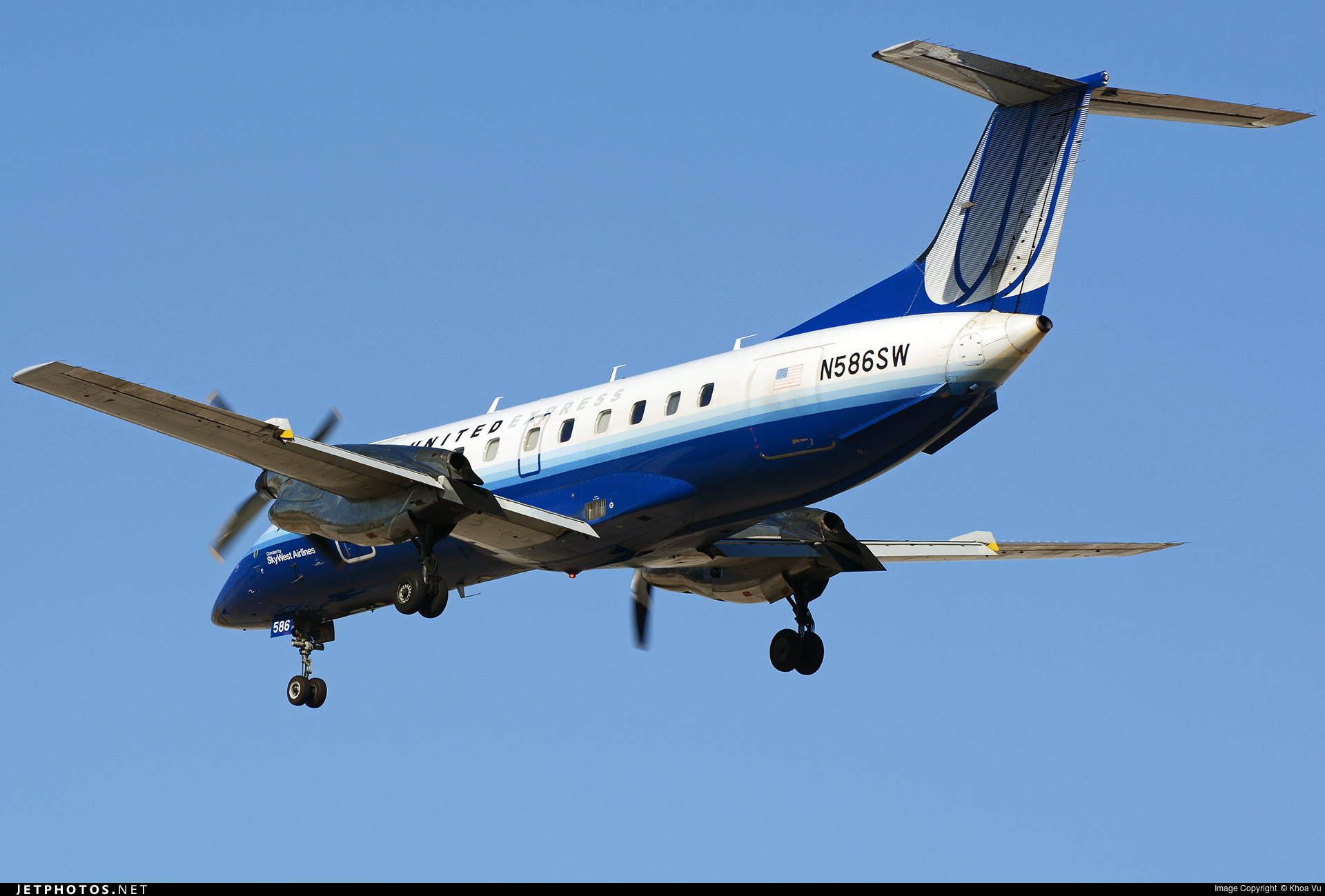 N586SW - Embraer EMB-120ER Brasília - United Express (SkyWest Airlines)
