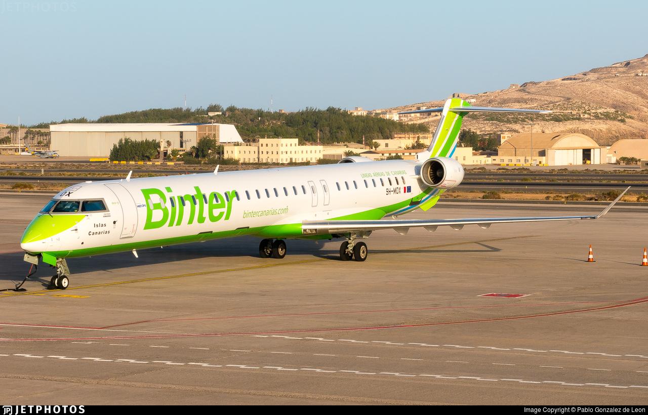 9H-MOX - Bombardier CRJ-1000 - Binter Canarias (MedAvia)