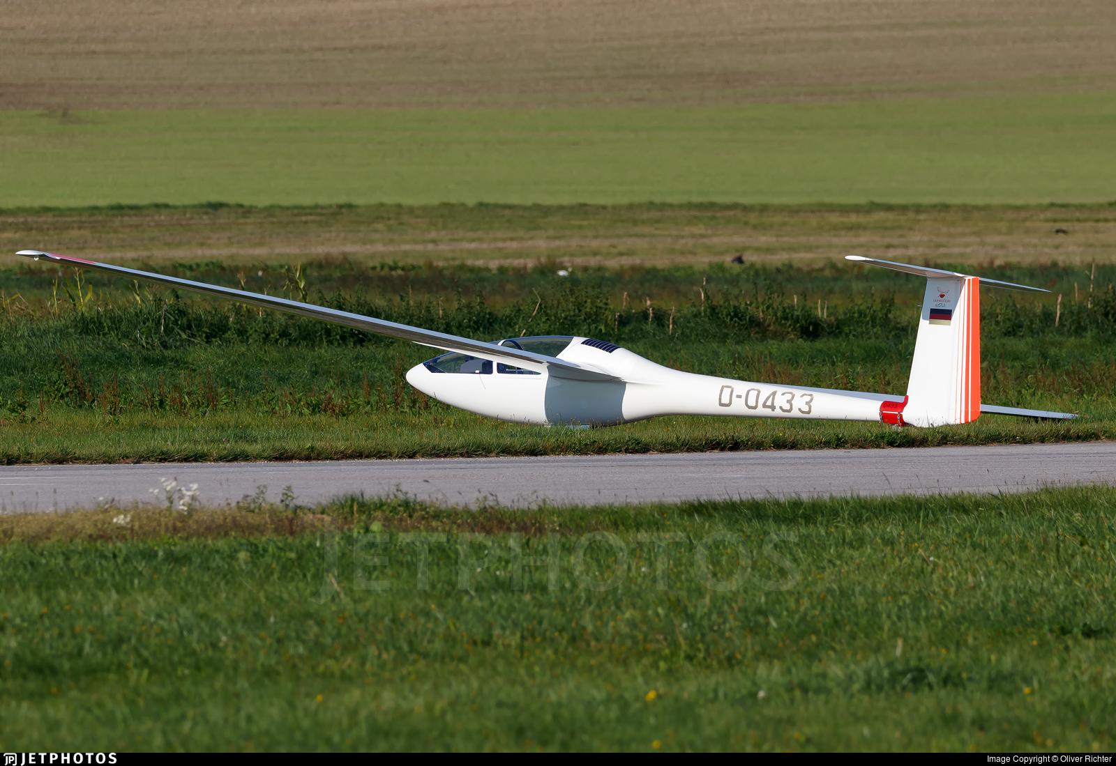 D-0433 - Glasflugel H401 Kestrel - Private