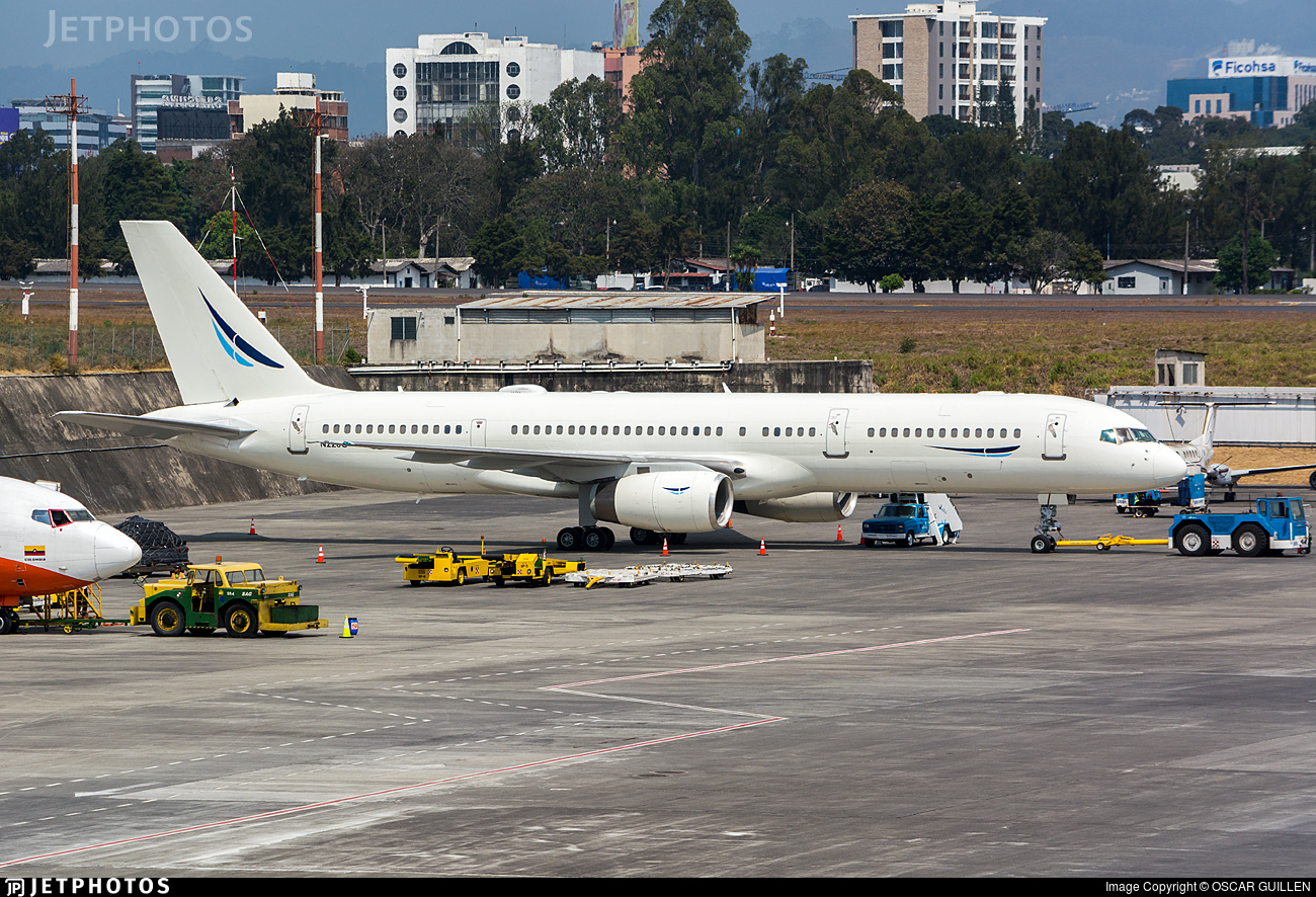 N226G - Boeing 757-22L - Comco
