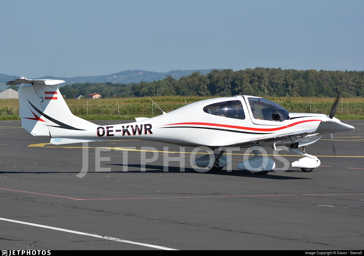 OE-KWR - Diamond DA-40 Diamond Star - Flugring Austria Wiener Neustadt