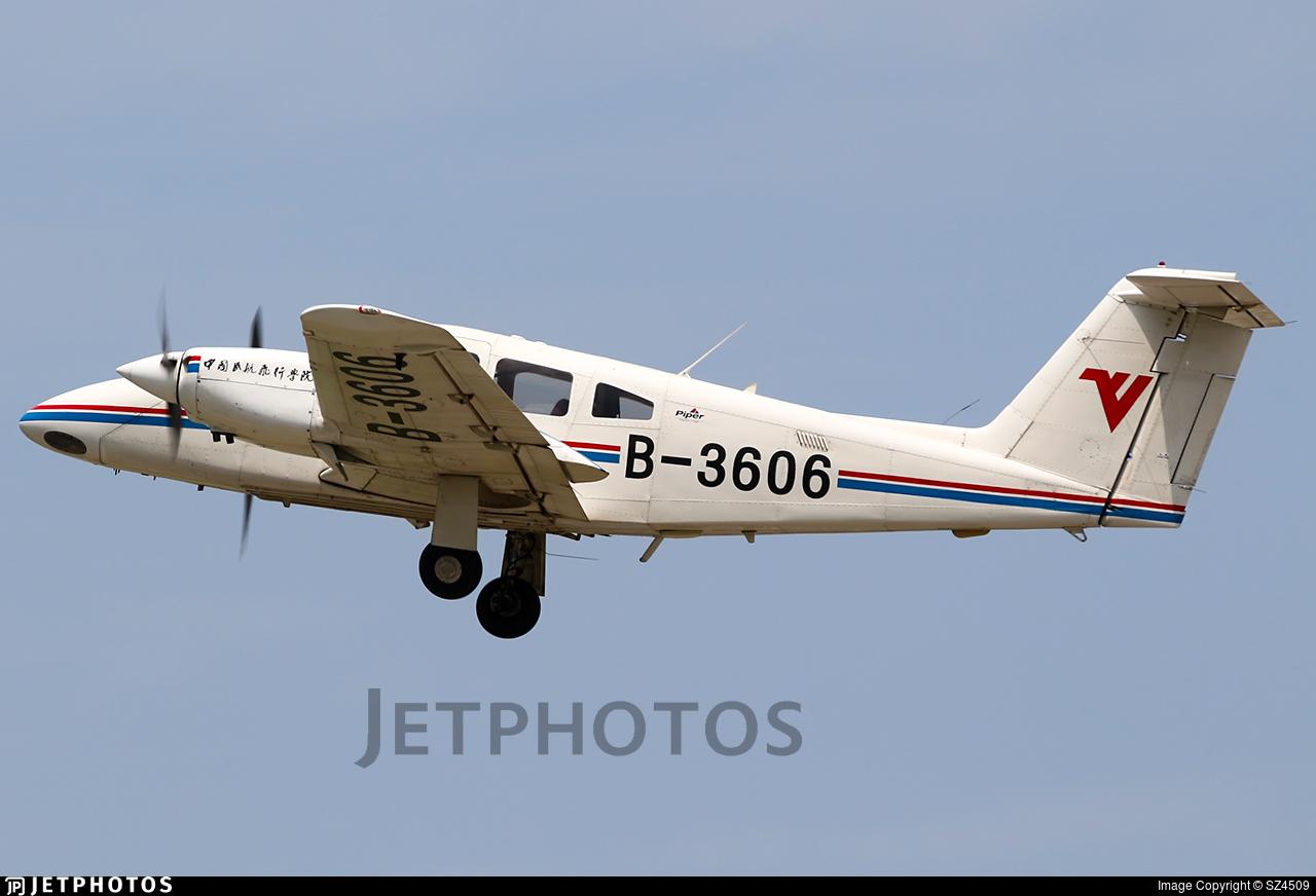 B-3606 - Piper PA-44-180 Seminole - Civil Aviation Flight University of China