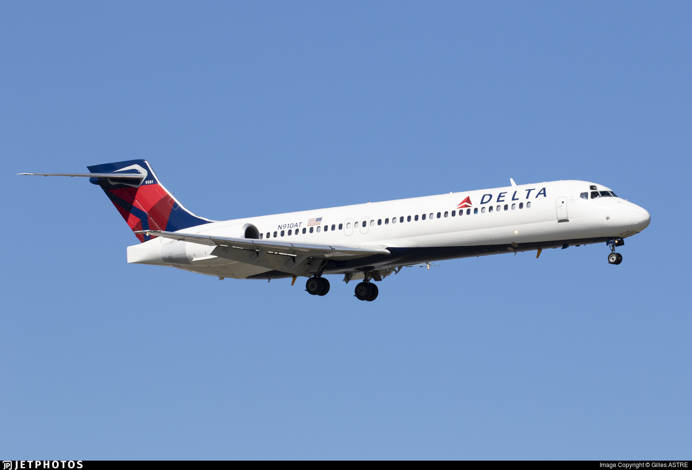 N910AT - Boeing 717-231 - Delta Air Lines