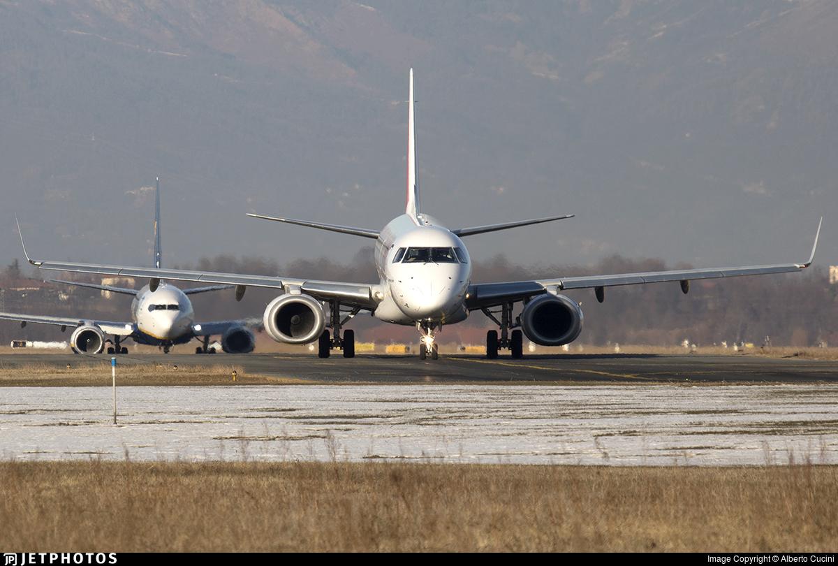 F-HBLF - Embraer 190-100LR - HOP! for Air France