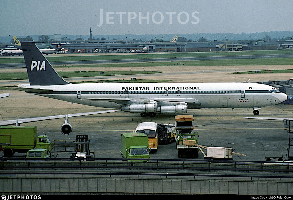 AP-AWZ - Boeing 707-340C - Pakistan International Airlines (PIA)