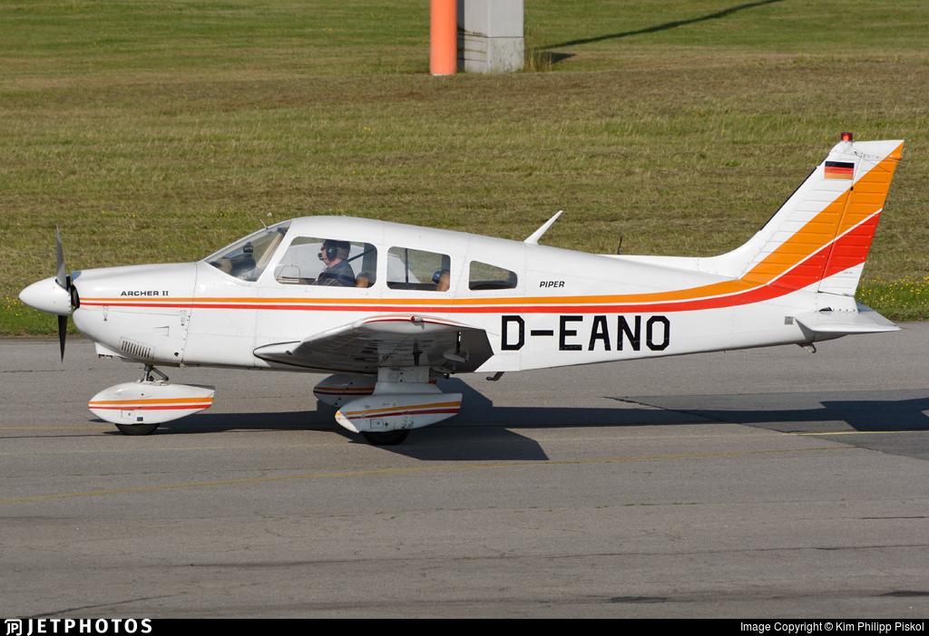 D-EANO - Piper PA-28-181 Archer II - Private