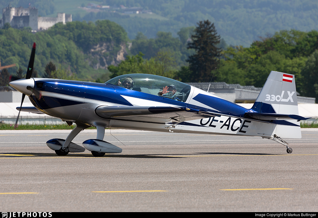 OE-ACE - Extra 330LX - Private