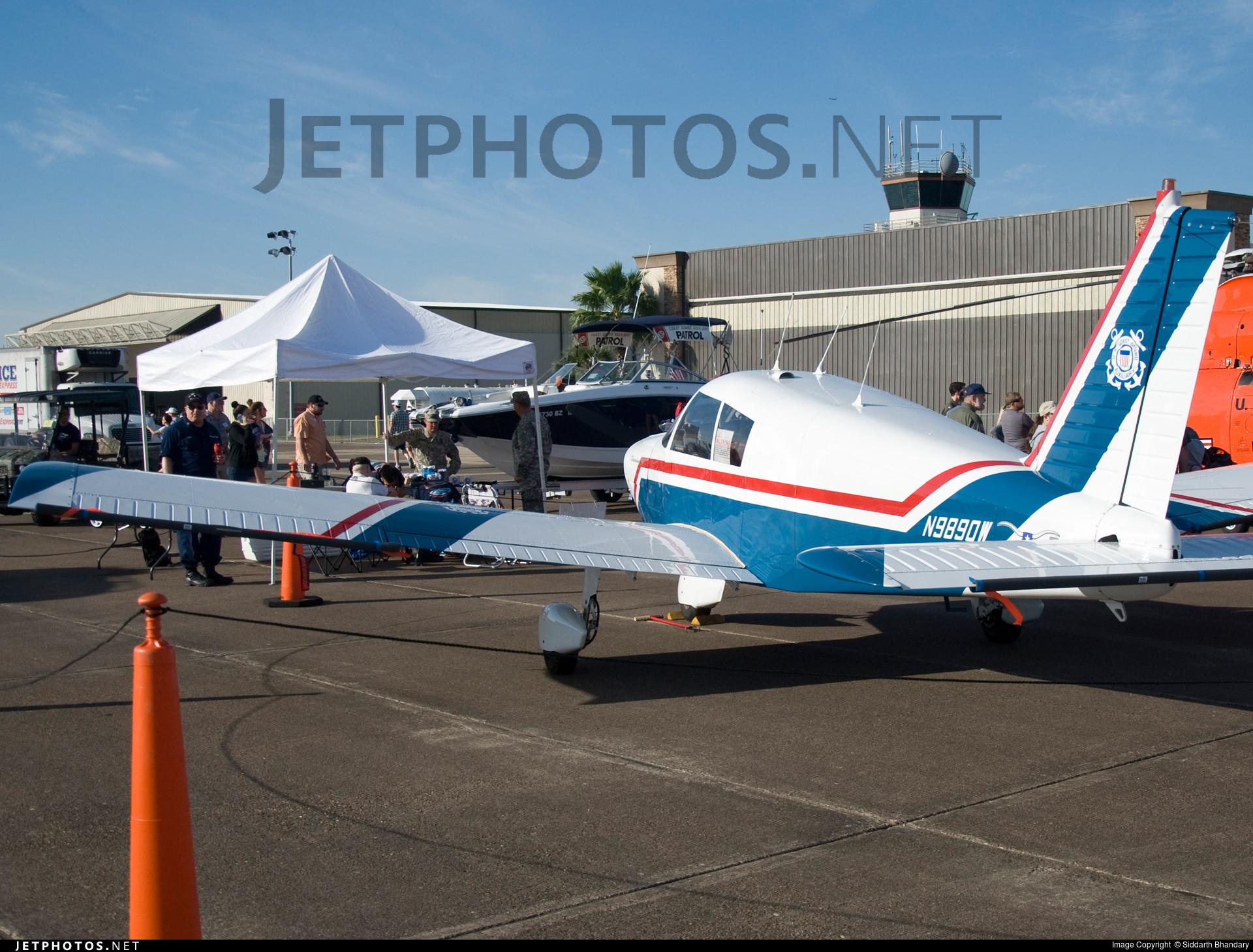 N9890W - Piper PA-28-140 Cherokee  - Private