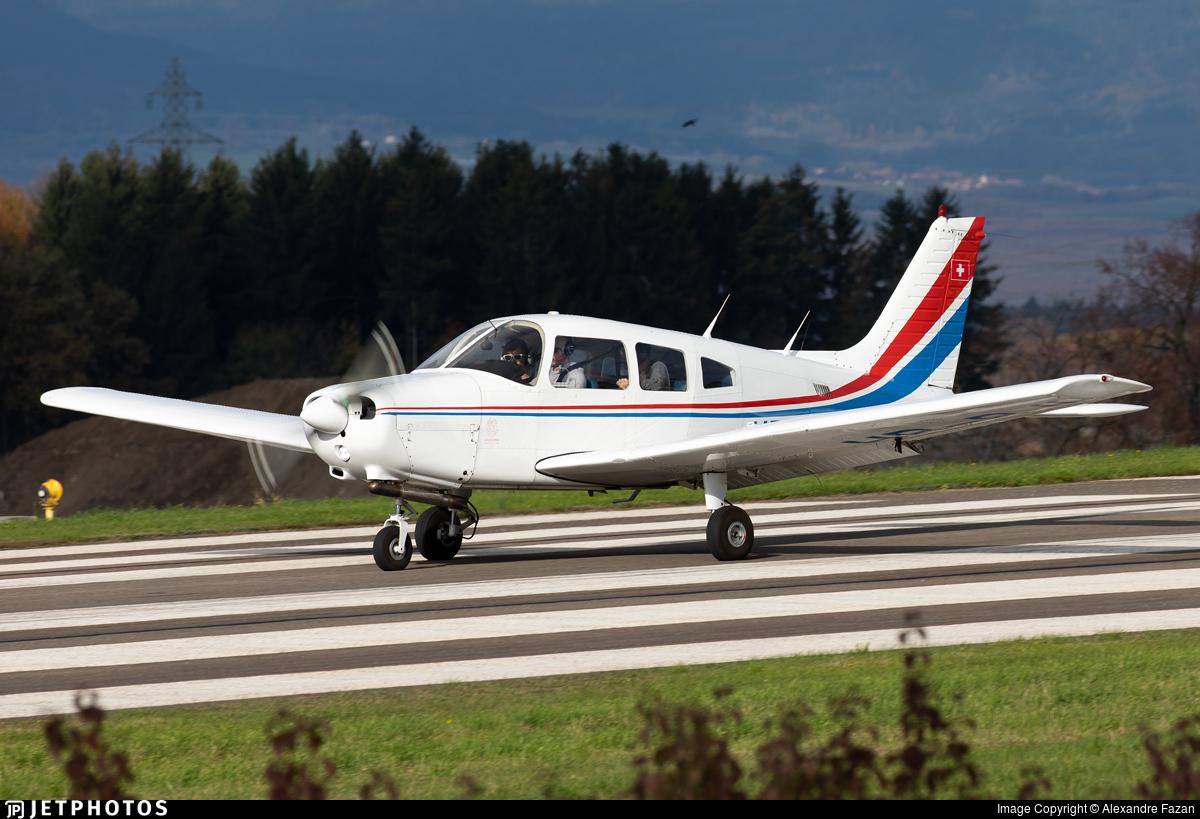 HB-PJI - Piper PA-28-161 Cadet - Groupement de Vol à Moteur Lausanne